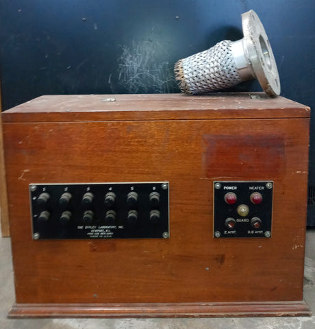 LABORATORY VINTAGE KNOB WOOD PANEL BOX SINGLE UNIT