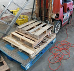 INDUSTRIAL ALLEY WAREHOUSE YARD WOOD PALLET SINGLE UNIT