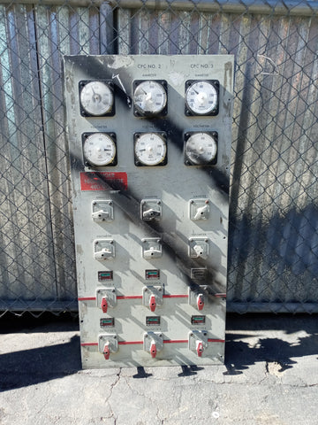 GREY INDUSTRIAL EXPLOSION PANEL MULTI KNOB GAUGE CONTROL SINGLE UNIT