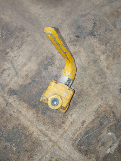 INDUSTRIAL FOUR WAY HANDLE YELLOW VALVE SINGLE UNIT