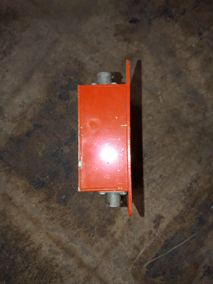 ELECTRICAL INDUSTRIAL ORANGE PIN CONNECTOR BOX SINGLE UNIT