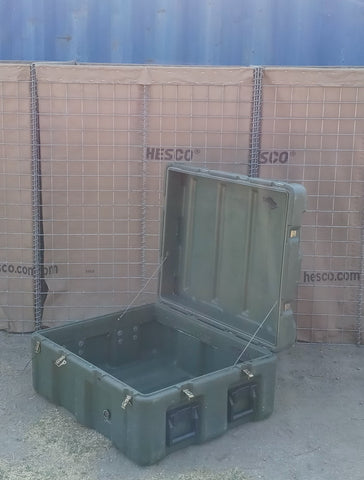 LARGE GREEN OLIVE DRAB CARGO CONTAINER CASE BOX AMMO MEDICAL MILITARY