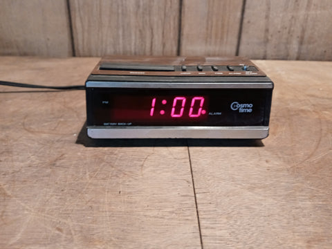TINY SMALL ALARM CLOCK RADIO VINTAGE SINGLE UNIT