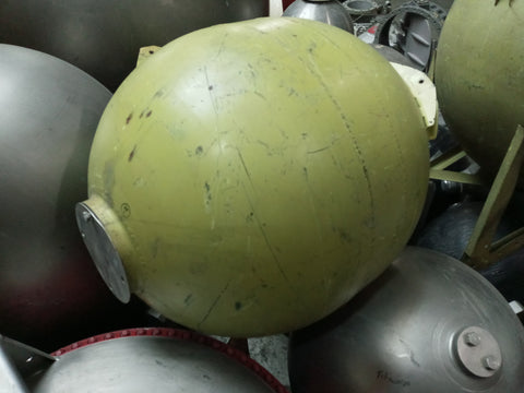 OVAL MILITARY SCI-FI FUTURISTIC AVIATION AEROSPACE SPHERE BALL TANK GREEN SINGLE UNIT