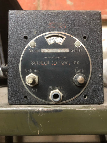 SETCHELL CARLSON 1943 MILITARY RADIO BLACK RECEIVER