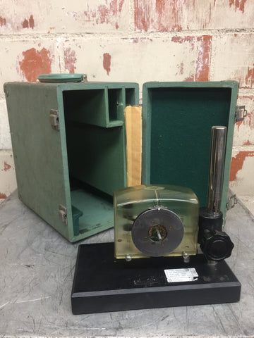 LABORATORY MEASURING INSTRUMENT DEVICE WITH GREEN BOX SINGLE UNIT