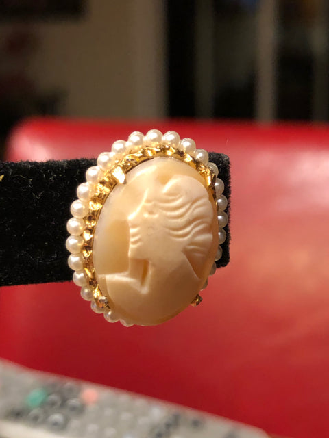Gold Tone Cameo Clip On Earrings