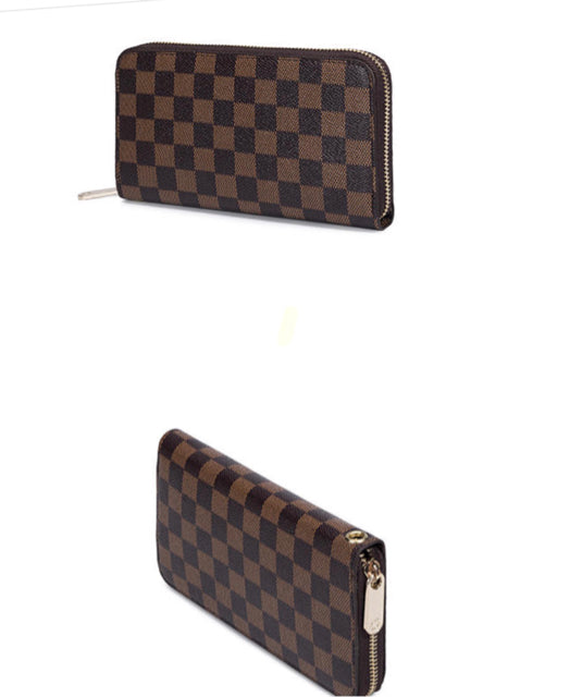 Non Branded Checker Board Zippy Wallet/Wristlet