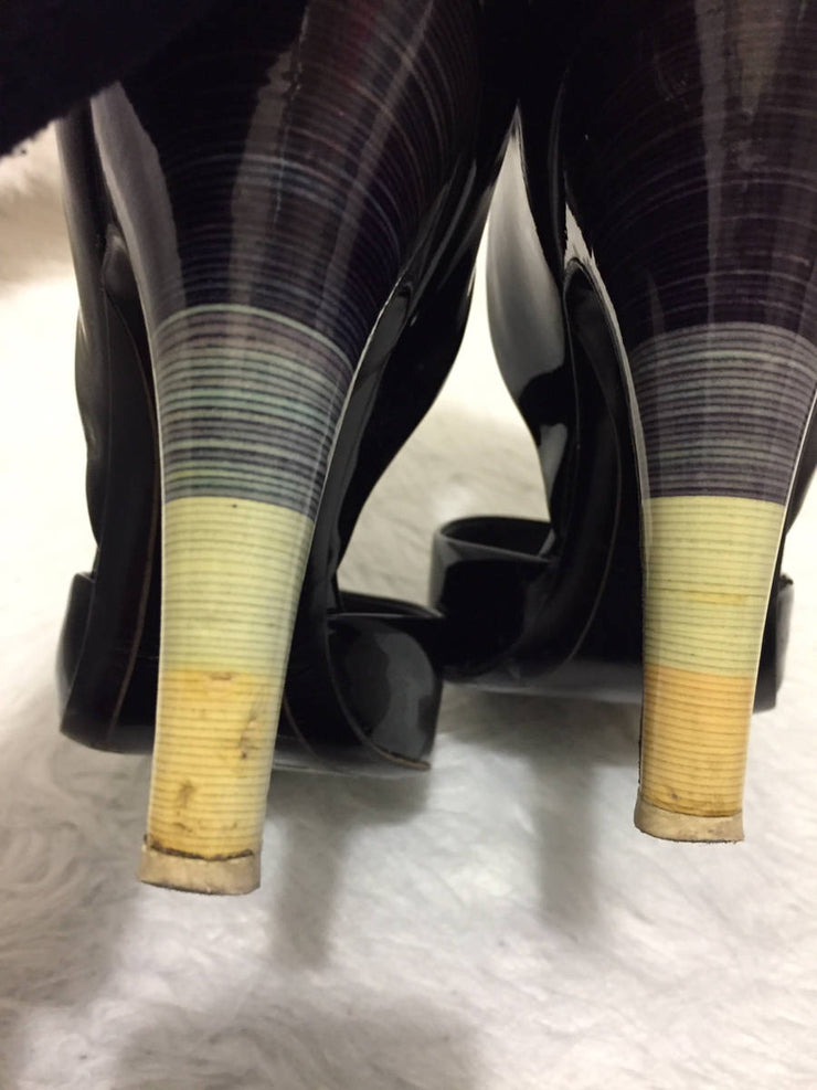 Salvatore Ferragamo D'Orsay Black Patent Leather Pump Rainbow Stripe Heel Shoe