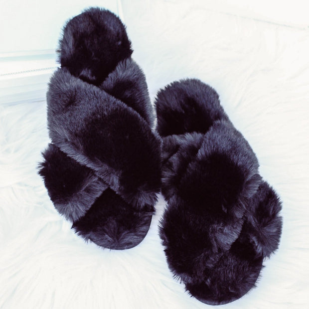 Black Fuzzy Criss Cross Slippers  (L) 9/10