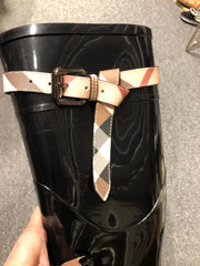 Burberry Nova Belt Rain boot Sz 40