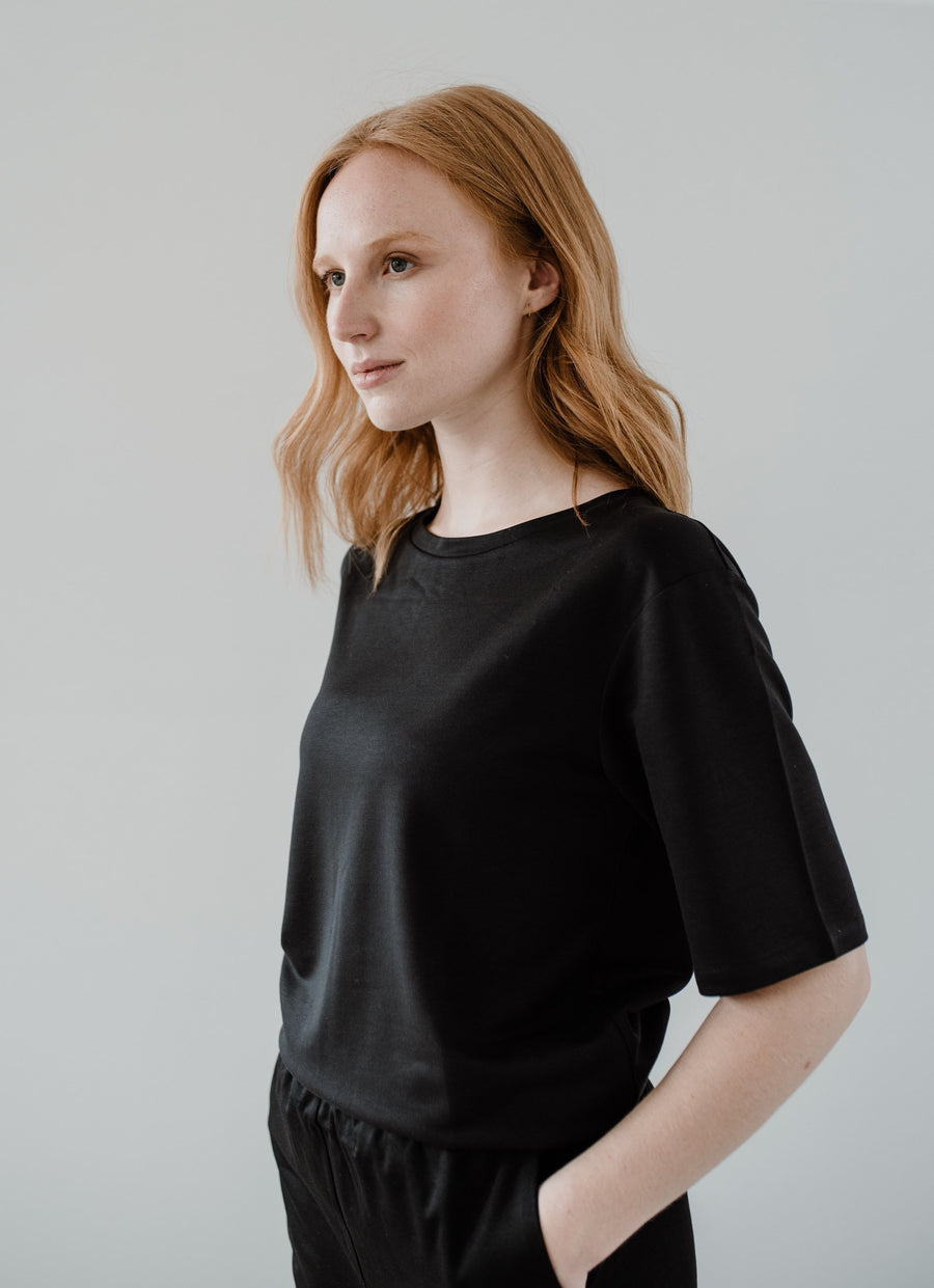 ethical Black T-Shirt OLIVE front