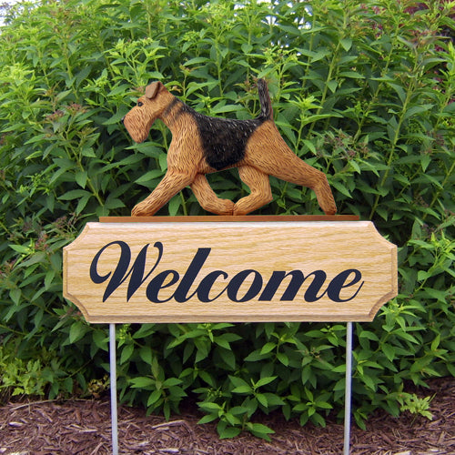 Airedale Dog in Gait Yard Welcome Stake