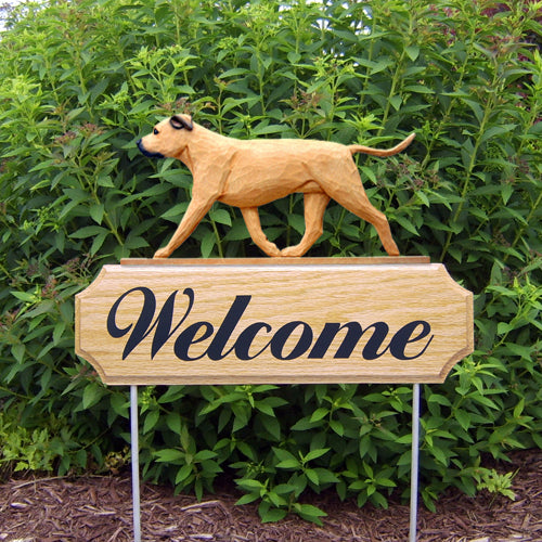 American Staffordshire Terrier Natural Dog in Gait Yard Welcome Stake Black