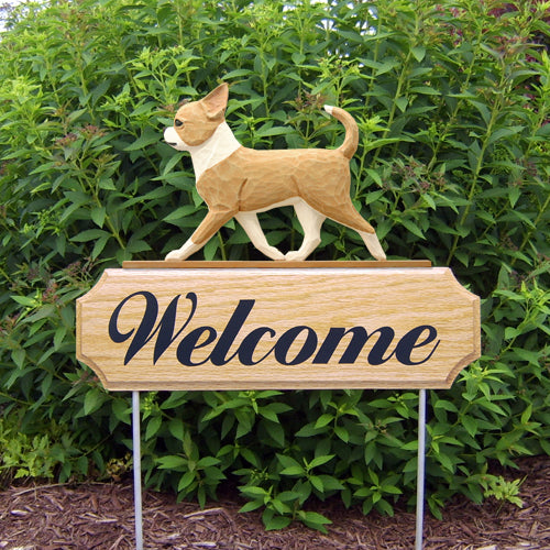 Chihuahua Dog in Gait Yard Welcome Stake Black