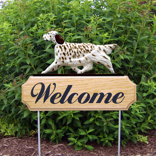 English Setter Dog in Gait Yard Welcome Stake Blue