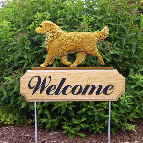 Golden Retriever Show Dog in Gait Yard Welcome Stake Cream