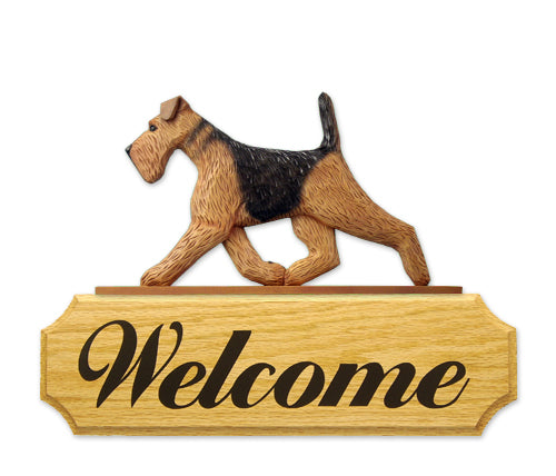 Airedale Dog in Gait Yard Welcome Sign