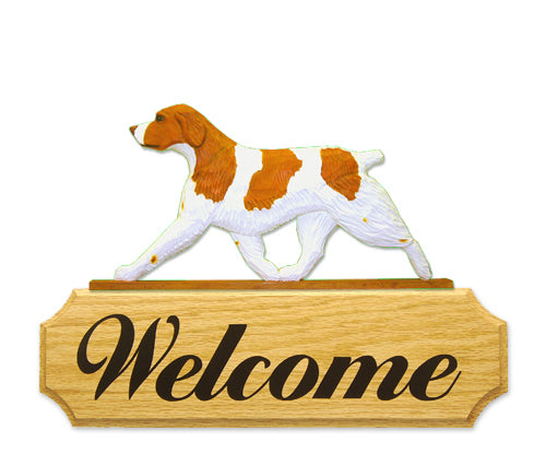 Brittany Dog in Gait Yard Welcome Sign Liver
