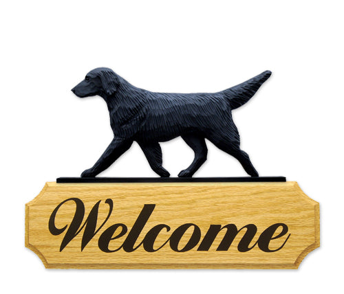 Flat Coated Retriever Dog in Gait Yard Welcome Sign Black