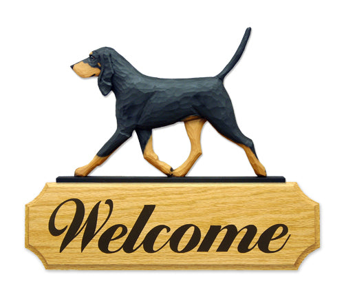 Black and Tan Coonhound Dog in Gait Yard Welcome Sign
