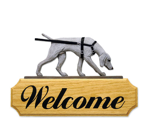 Weimaraner tracking Dog in Gait Yard Welcome Sign