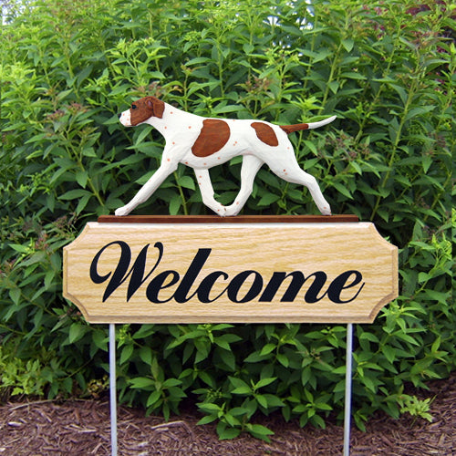 English Pointer Dog in Gait Yard Welcome Stake Black and White