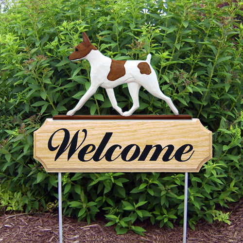 Toy Fox Terrier Dog in Gait Yard Welcome Stake Red and White