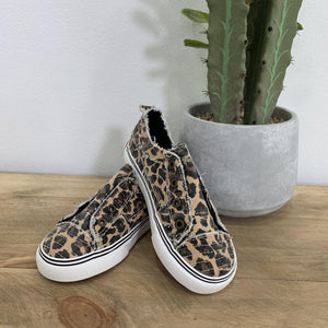 Natural City Kitty Canvas Tennis Shoes (adult)