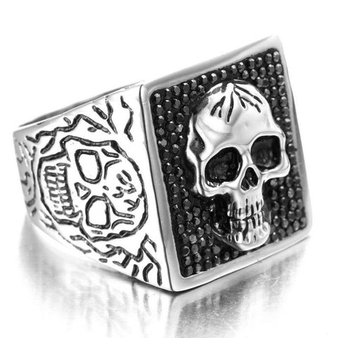 big heavy skull ring