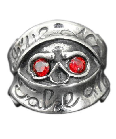 red eyes skull ring