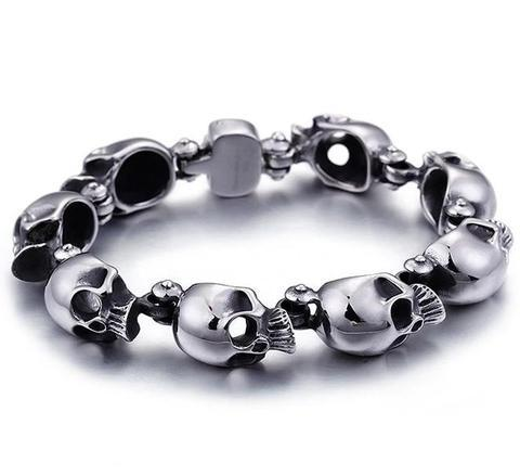 skeleton-chain-buckle-bracelet