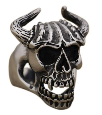 skull-ring-horned-chief