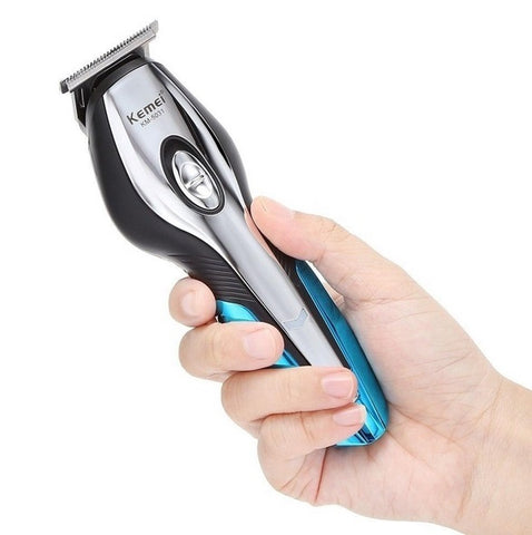 Using Hair Clippers To Shave A Bald Head