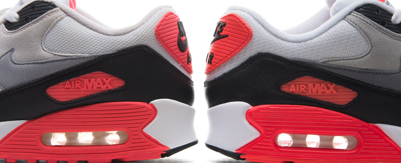 "Nike Air Max 90 ""Infrared"" - 2010 vs. 2015"