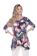 Load image into Gallery viewer, Jostar Women's HIT V-Neck Binding Top Half Sleeve Print, 313HT-QP-W251 - Jostar Online