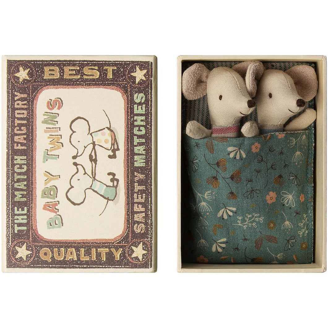 Mouse Baby Twins in box