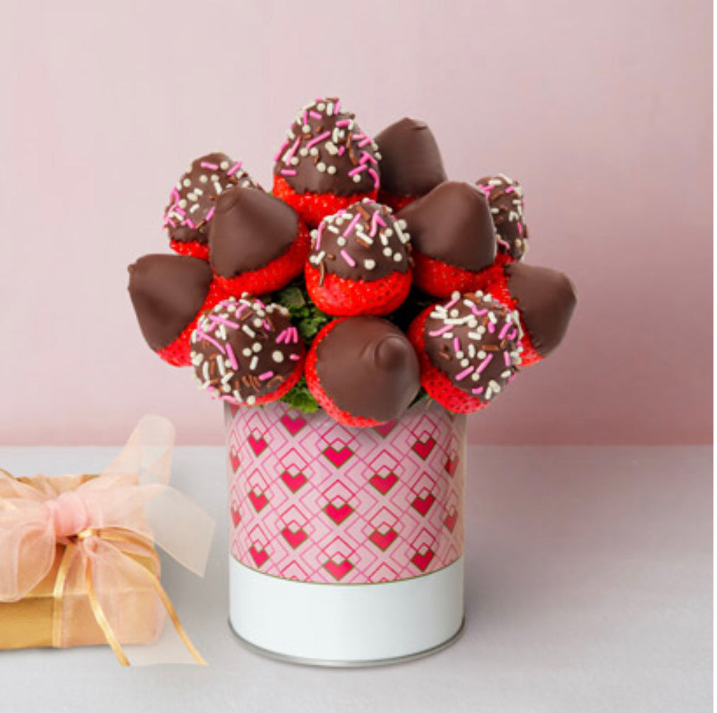 Mug Strawberries Bouquet - Gift baskets by Amora