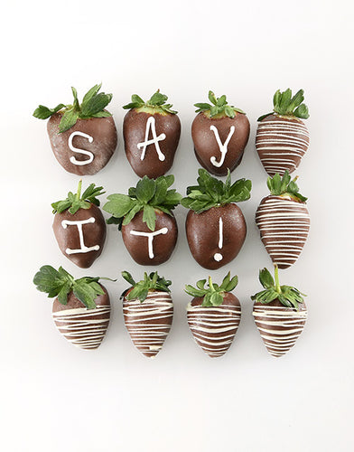 Personalised Dipped Strawberries - Gift baskets by Amora