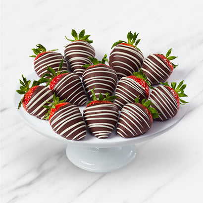 Milk Chocolate Strawberries - Gift baskets by Amora