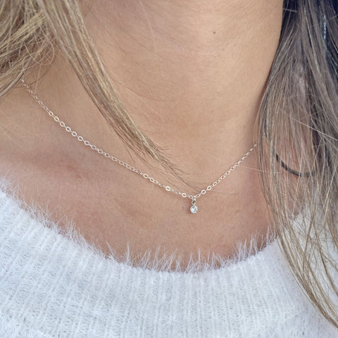 Small Solitaire Necklace