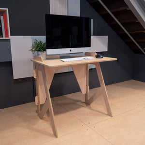 Small office desk (5389699088540)