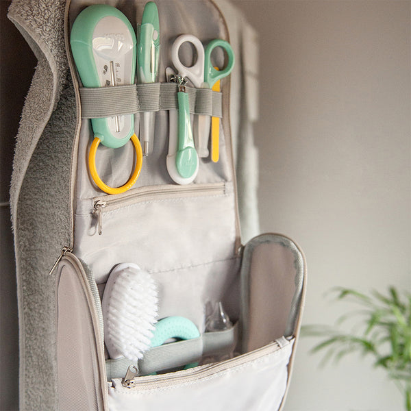 Hanging Toiletry Bag With Accessories - Grey (1)