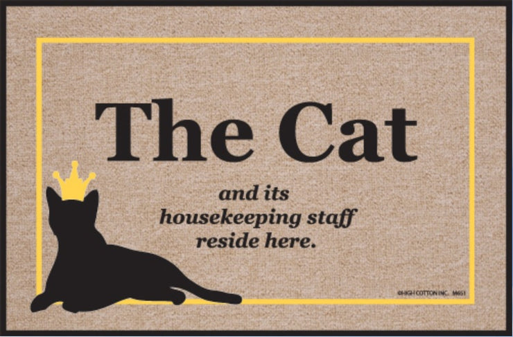 Funny-Doormat-Cat-And-Housekeeping-Staff