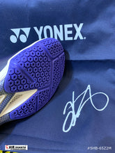 Load image into Gallery viewer, Yonex POWER CUSHION 65 Z 2 MEN - KENTO MOMOTA
