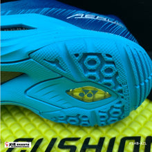 Load image into Gallery viewer, Yonex POWER CUSHION AERUS Z (WOMEN'S)
