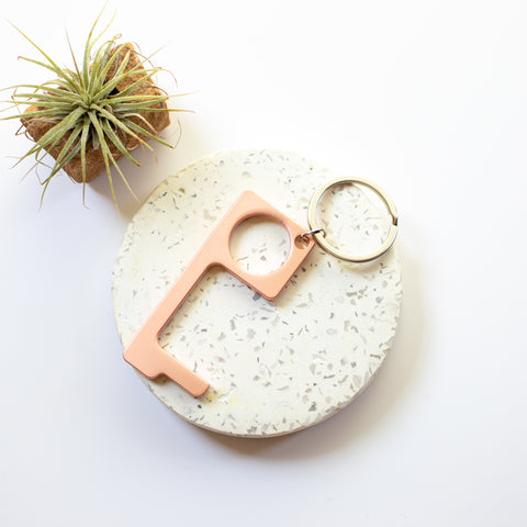 Metal no touch keyring - rose gold