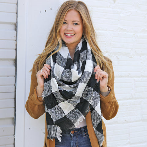 Black & White Buffalo Check Blanket Scarf
