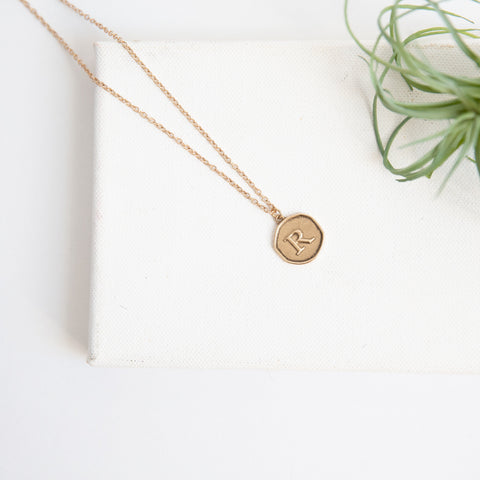 Initial Collection Necklace - Letter R