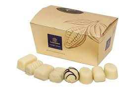 WHITE Chocolates Ballotin Box by weight - www.chocolateorders.com